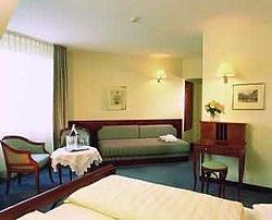 Dorint Biedermeier Hotel / Дорин Бидермайер