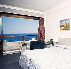 Avenida Beach Hotel /