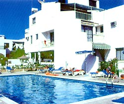 Castalia Hotel Apts /