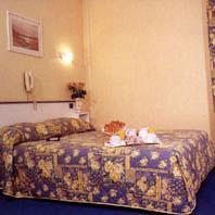 D Anjou / Отель Анжоу